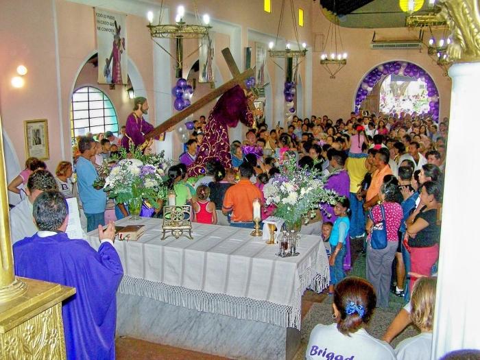 Una de las misas matutinas del Nazareno de Achaguas